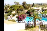 Hotel Filerimos Village - Widok na basen z pokoju z ogrodem :)