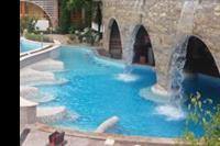 Hotel Nessebar Beach - Wodospad nad basenem