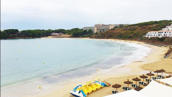 Hotel Club Aguamarina - widok z plaży