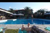 Hotel Hanioti Village - Nad basenem z winkiem - to jest relaks!