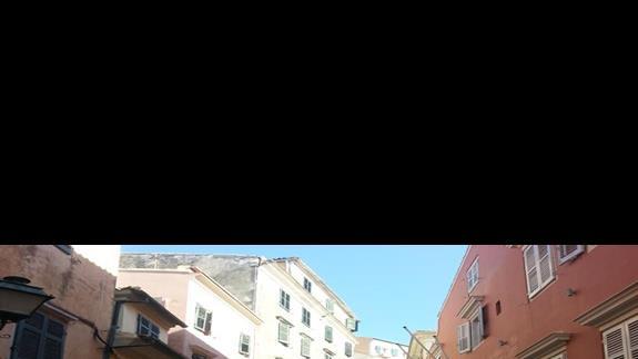 Stary rynek w miescie  Korfu