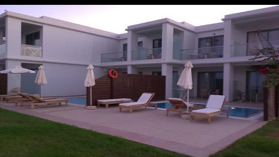Pokoje  z prywatnym basenem