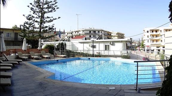 basen w h. Minos