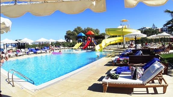 basen dla dzieci w h. Mitsis Laguna