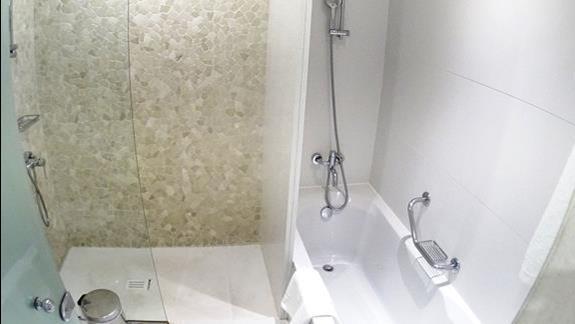 łazienka w pokoju standard  w h. Mitsis Laguna