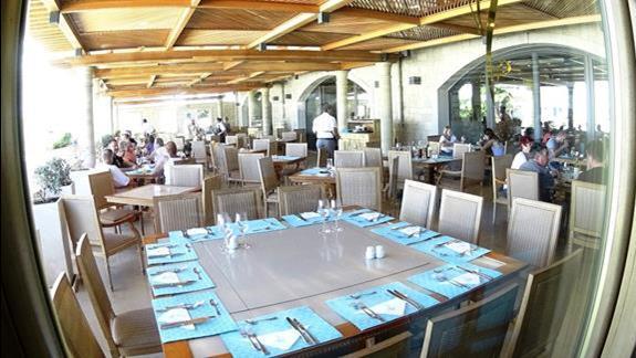 restauracja h. Mitsis Laguna