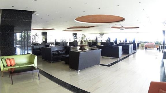 lobby  w h. Royal Belvedere