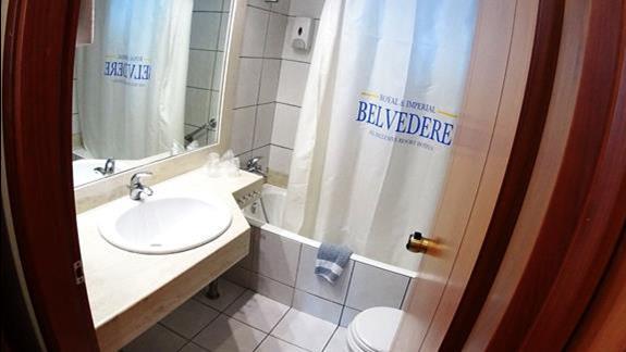 łazienka w p. standard w  h. Belvedere Imperial