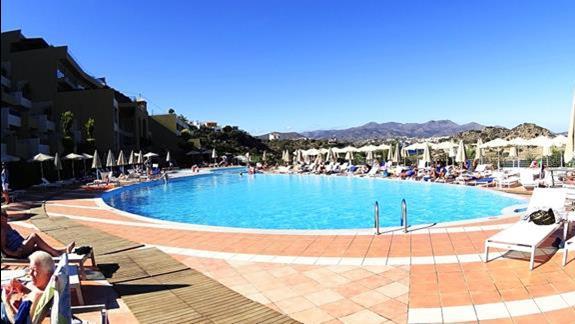 basen w h. Blue Marine Resort &SPA