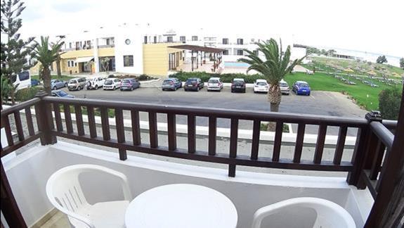 widok z p. standard h. Geraniotis Beach