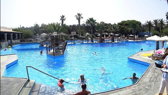 basen hotelu Aquila Rithymna Beach
