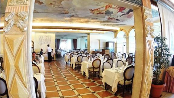 restauracja  hotelu Aquila Rithymna Beach