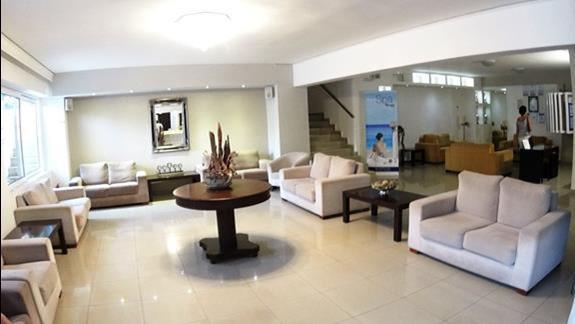 lobby w h. Katrin Bungalows