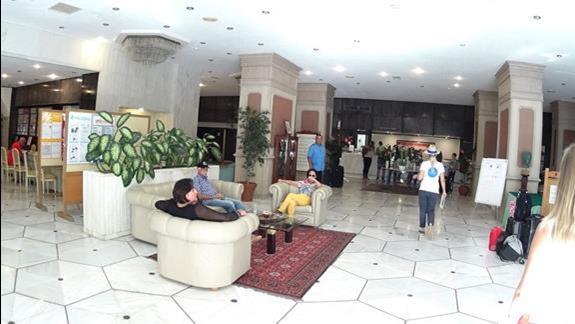 lobby  w h. Creta Star