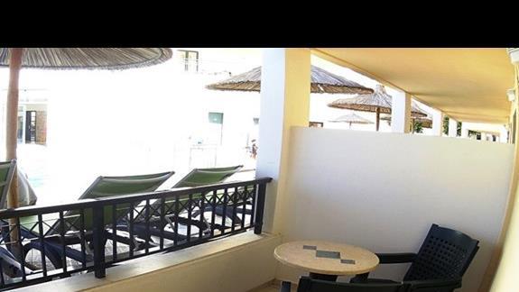 widok z tarasu p. standard w h. Gouves Waterpark Holiday Resort