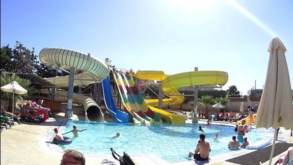 zjeżdzalnie w h. Gouves Waterpark Holiday Resort