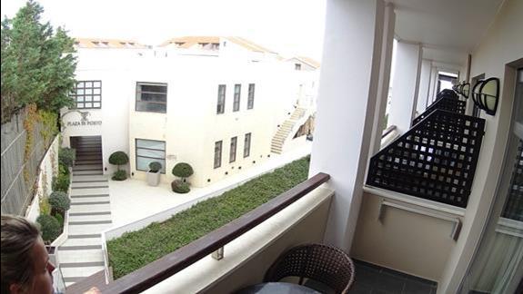 widok z balkonu p. standard w h. Porto Platanias Beach