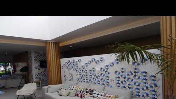 Lobby Alyssa Suite