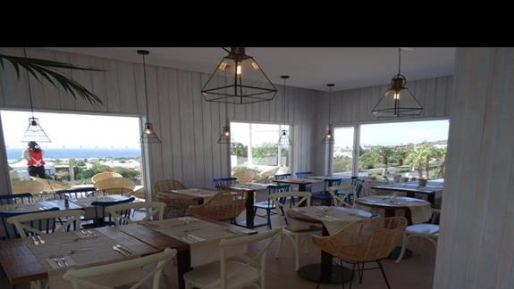 Restauracja główna hotelu Alyssa Suite