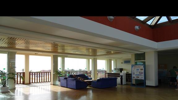 Lobby hotelu Club Caleta Dorada