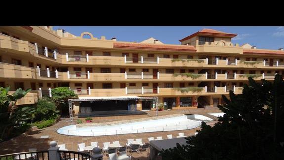 Widok na amfiteatr hotelu San Jorge Anigua