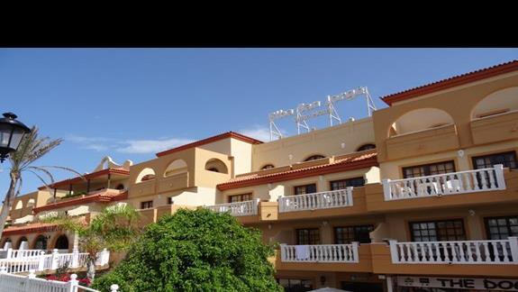 Budynek główny hotelu San Jorge Antigua