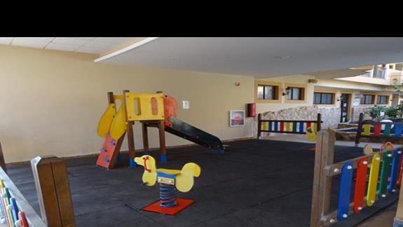 Plac zabaw w hotelu San Jorge Antigua