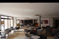 Hotel Costa Caleta - Bar z mala scena w COsta Caleta