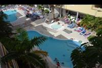 Hotel Costa Caleta - Widok na baseny w Costa Caleta