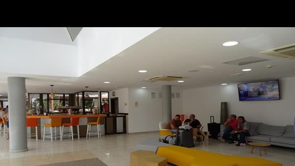 LObby Bar w Costa Caleta