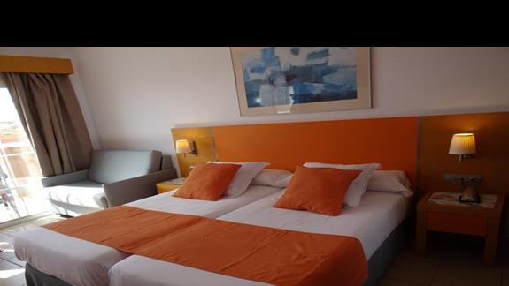 Pokój w hotelu Costa Caleta