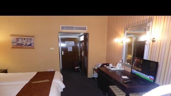 pokoje faktycznie są do remontu łazienka, przedpokój, ściany do malowania