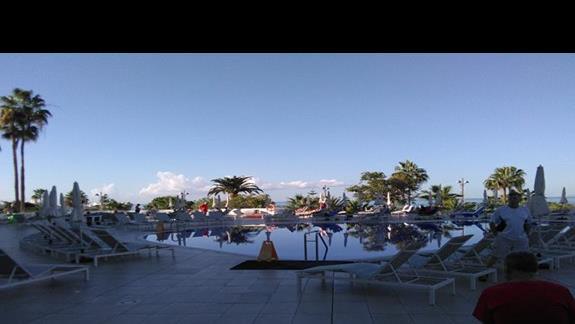 basen, Hovima Costa Adeje