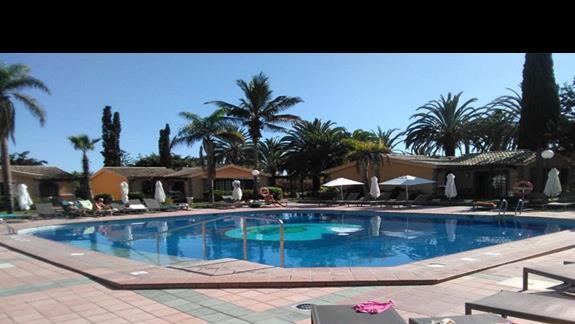 Basen,  Dunas Suites & Villas
