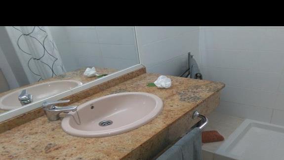Łazienka w pokoju standard, Colina Mar