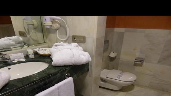 Łazienka w hotelu R2 Rio Calma