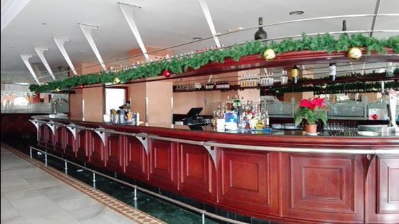 Bar w hotelu R2 Rio Calma