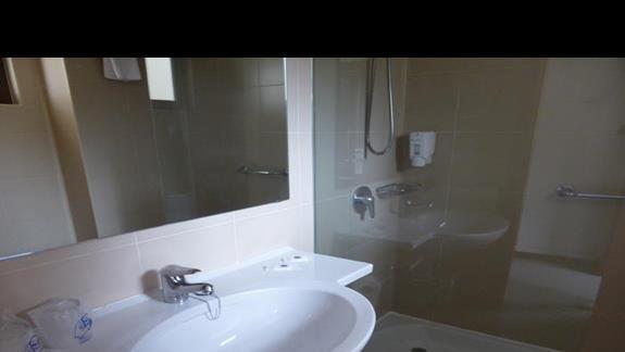 Łazienka w hotelu Los Zocos
