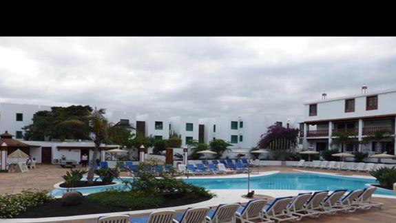Basen w hotelu Mansion Nazaret