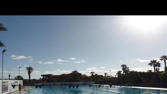 Basen olimpijski  w hotelu Oasis Papagayo