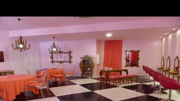 Pokój księżniczek w hotelu Occidental Jandia Mar