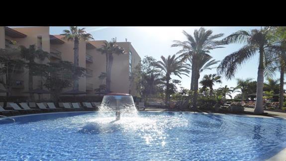 Basen w hotelu Barcelo Fuerteventura