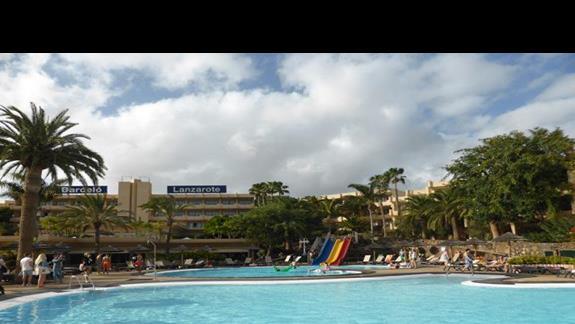Basen w hotelu Occidental Lanzarote
