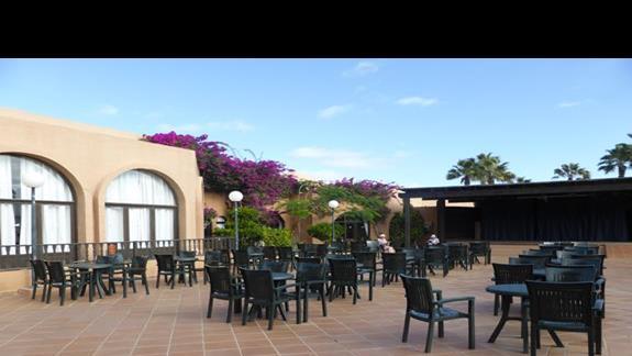 Teren hotelu Oasis Dunas
