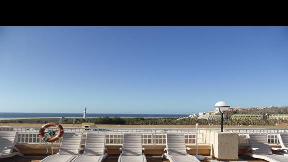Taras w hotelu SBH Jandia Resort