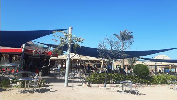 Restauracja przy plazy