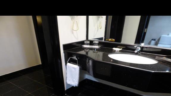 Łazienka w hotelu Royal Beach