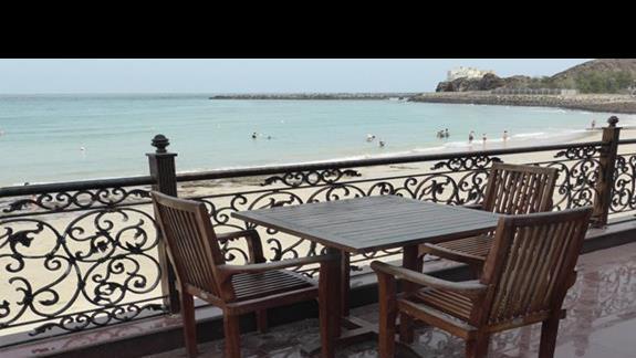 Taras przy hotelu Royal Beach