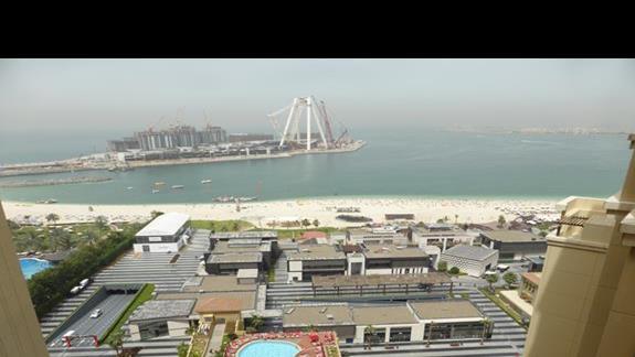 Widok z hotelu Amwaj Rotana Jumeirah Beach