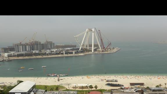 Plaża przy hotelu Amwaj Rotana Jumeirah Beach